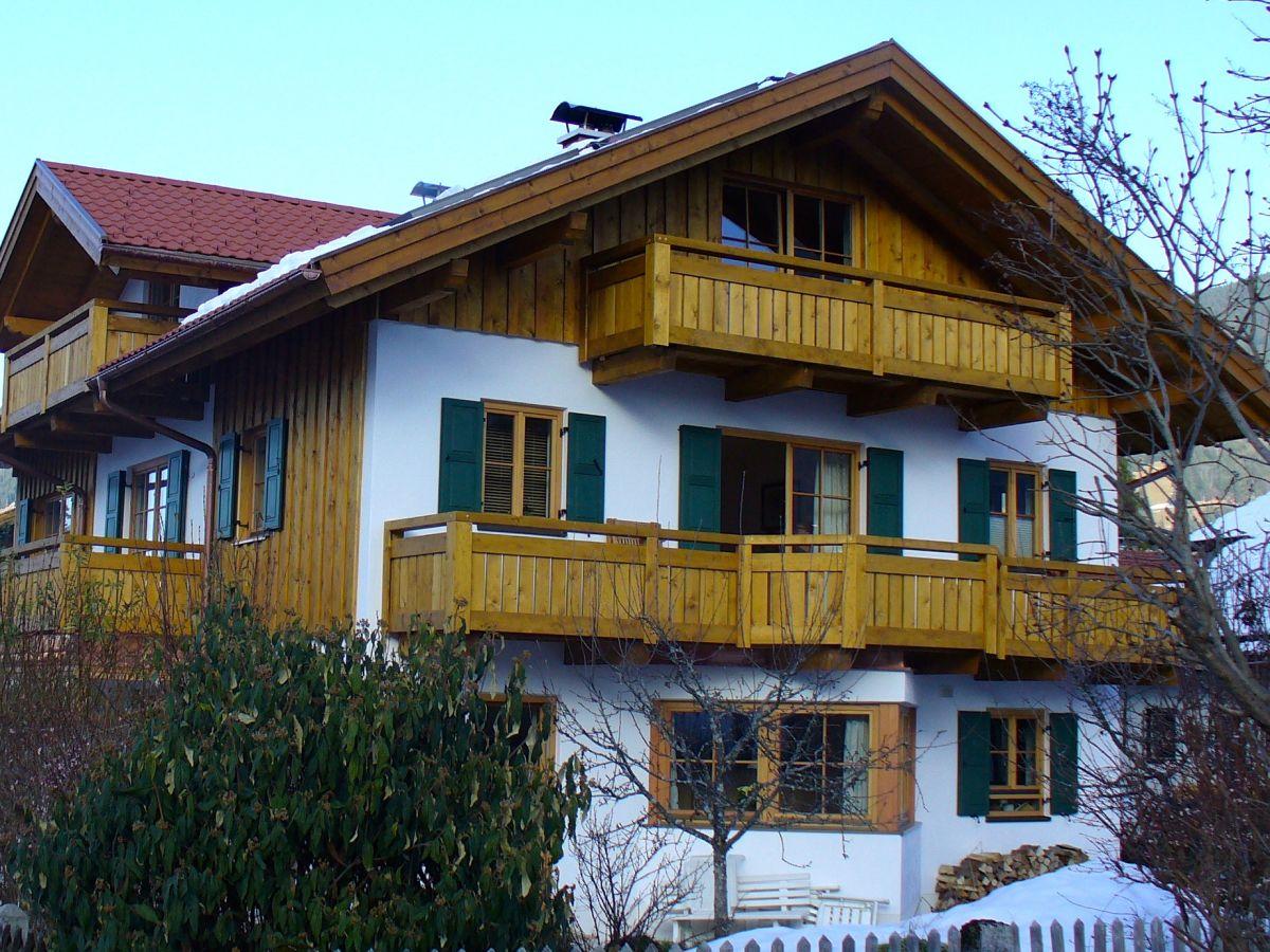 ferienwohnung auszeit ammergauer alpen oberammergau familie monika u gerhard kasseckert m ksch. Black Bedroom Furniture Sets. Home Design Ideas