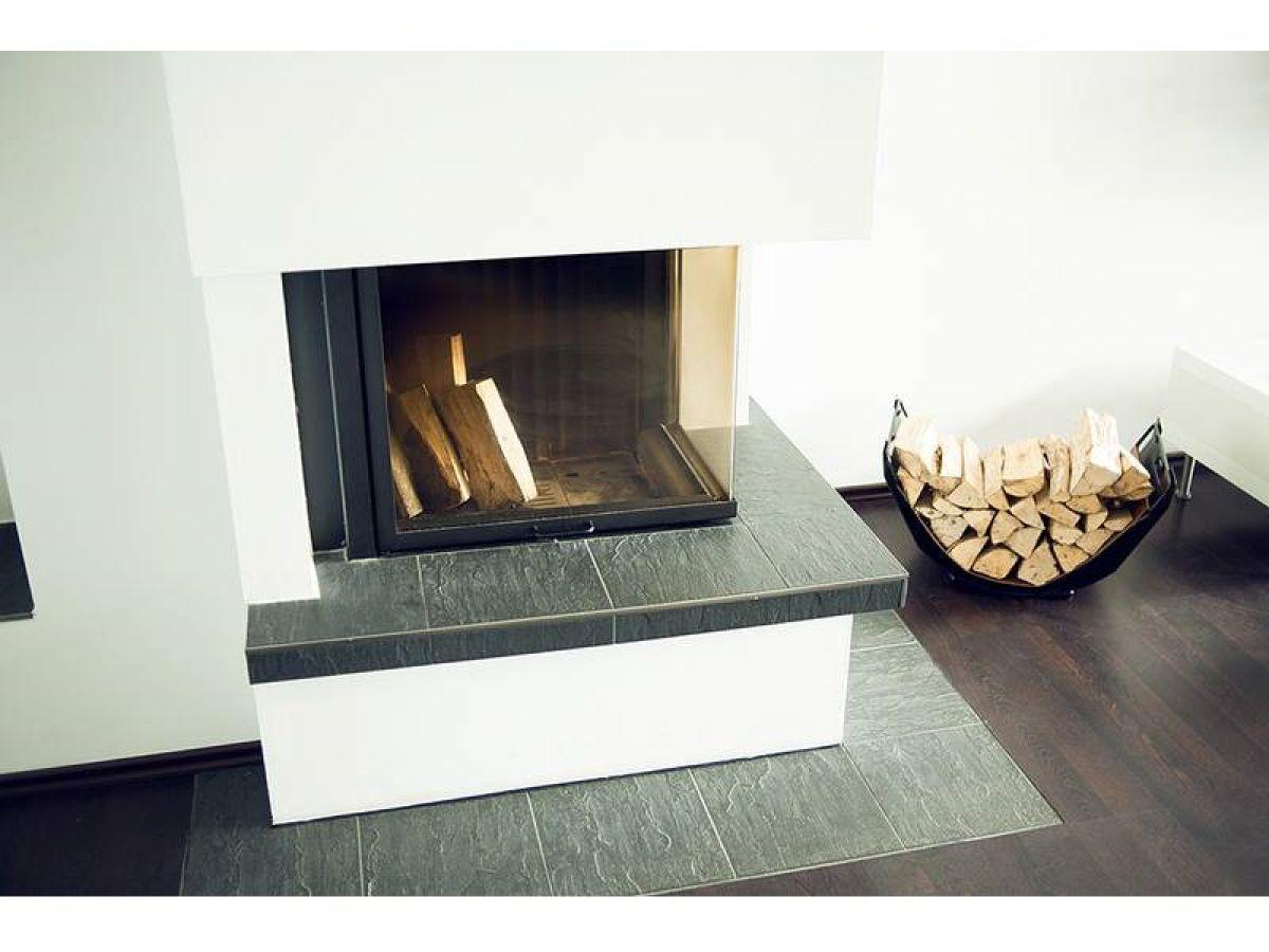 lichdurchflutetes ferienhaus bei scharbeutz mit liegewiese. Black Bedroom Furniture Sets. Home Design Ideas