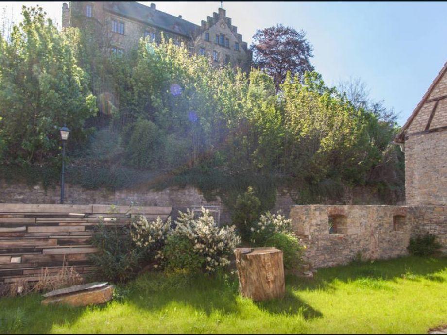 Garten mit Blick auf das Thüngener Schloss Zugang