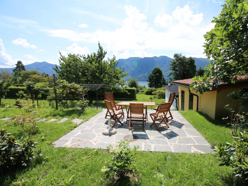 Holiday house Casa delle Camelie