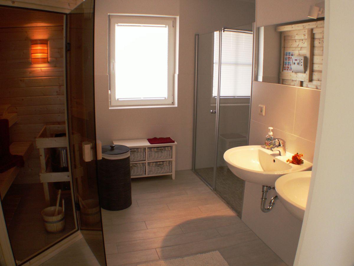 ferienwohnung k stenrose ostsee insel r gen dranske. Black Bedroom Furniture Sets. Home Design Ideas