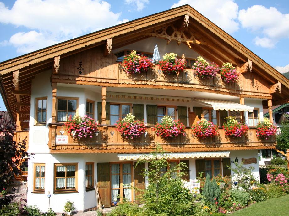 Haus Alpenperle im Sommer