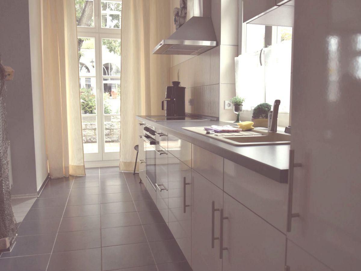 design ideen und inspiration von offene kleiderschr nke. Black Bedroom Furniture Sets. Home Design Ideas