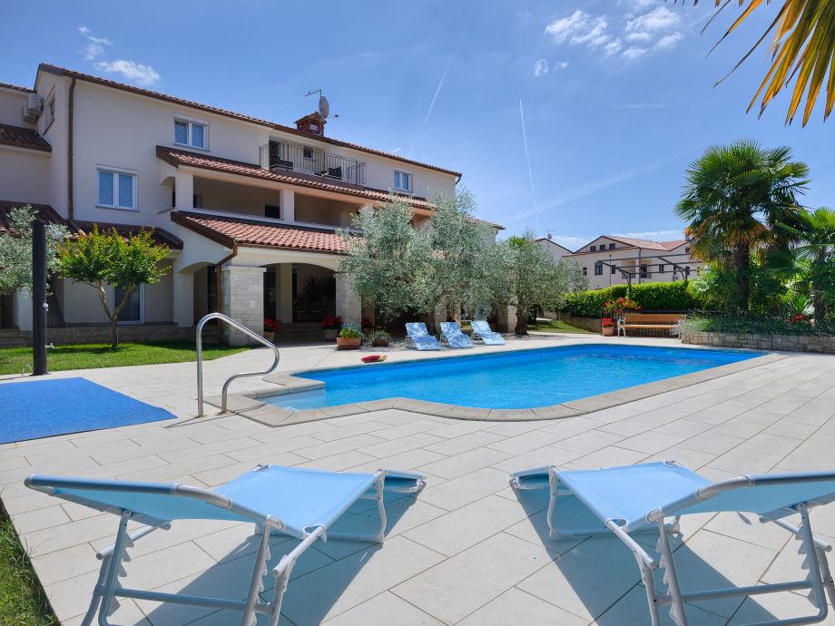 Swimmingpool-Villa Maja in Porec