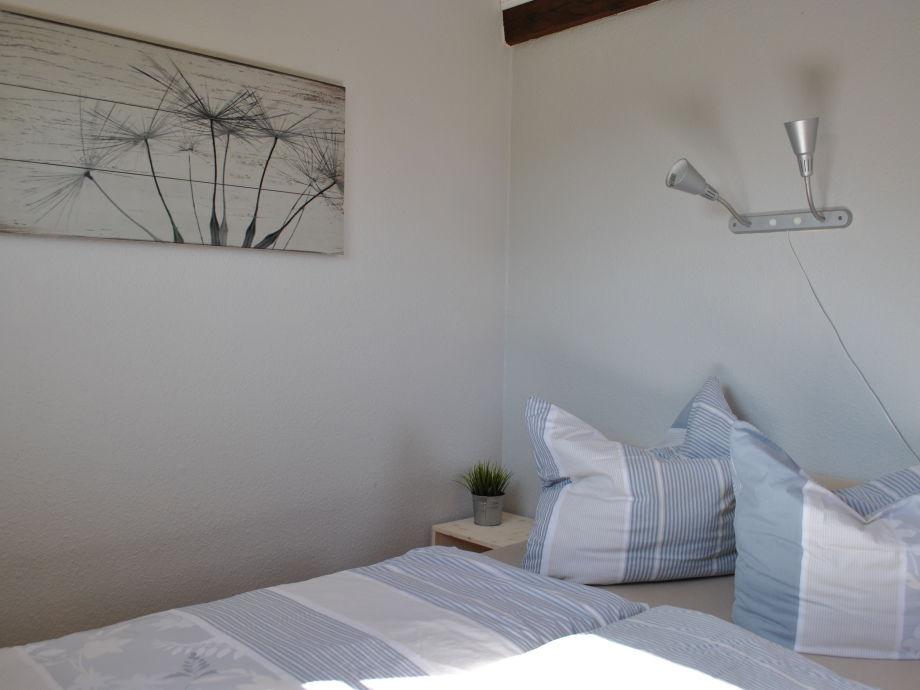 ferienhaus leuchtturm fehmarn firma landhaus lampe. Black Bedroom Furniture Sets. Home Design Ideas