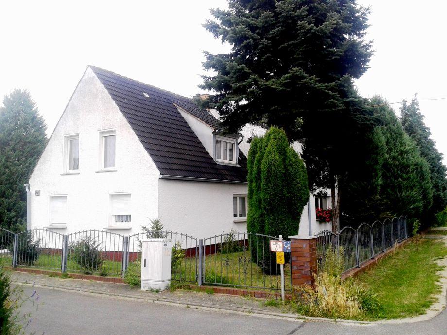 Wohnhaus mit der Ferienwohnung