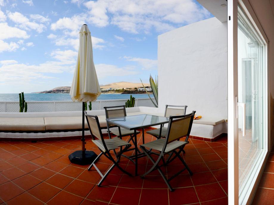 Terrasse zum Wohnzimmer