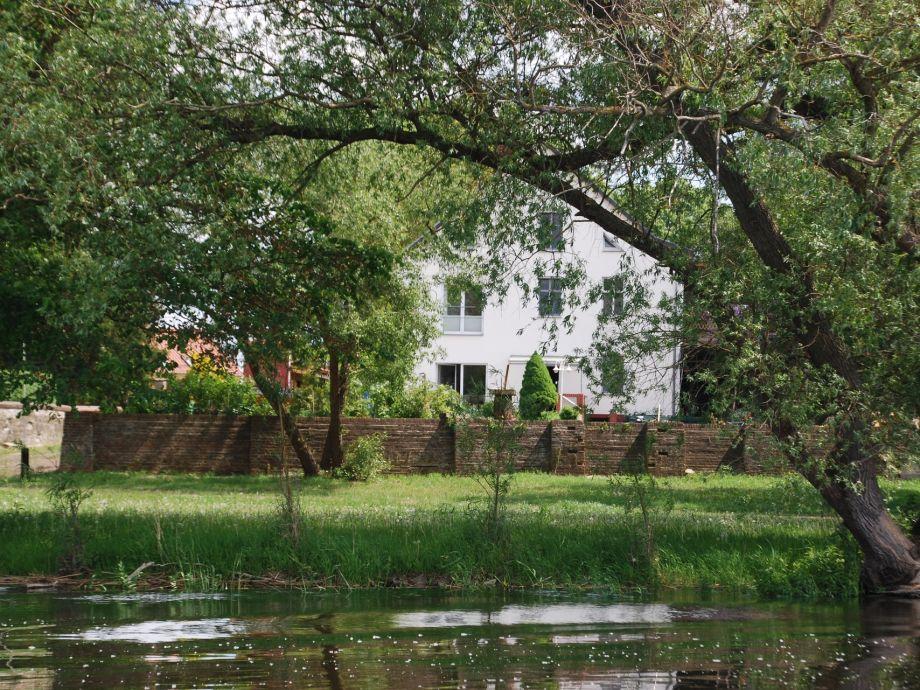 Rückseite des Hauses zur Havel