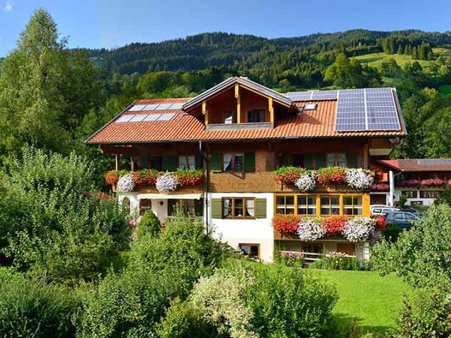 Landhaus Göhl im Sommer