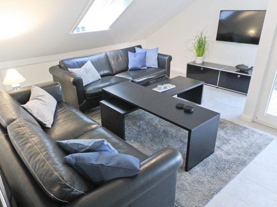 Wohnzimmer der Ferienwohnung Glücksburg