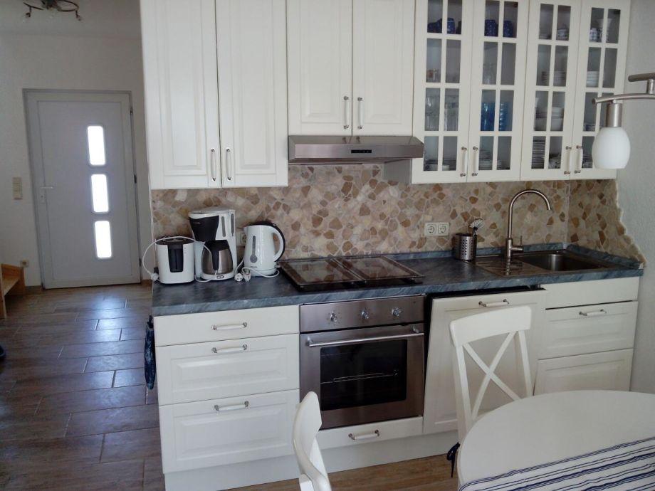 Eingangsbereich/offene Küche