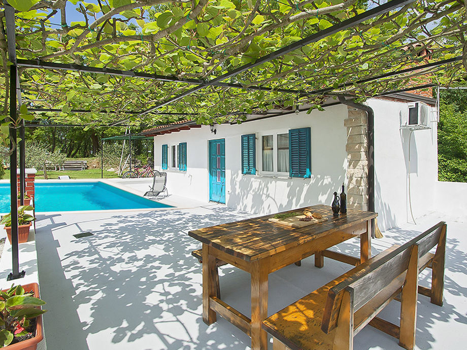 Ferienhaus Lana with pool
