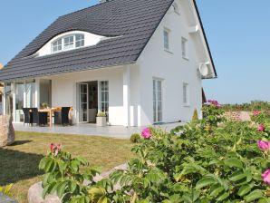 Ferienhaus -Rügen-Hahn