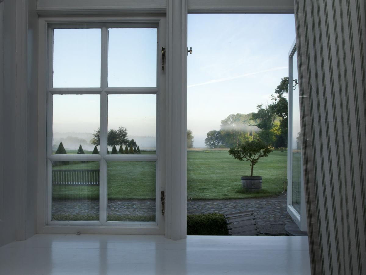 ferienwohnung herrenhaus boldevitz r gen firma boldevitzer r genkaten gbr firma alexandra. Black Bedroom Furniture Sets. Home Design Ideas