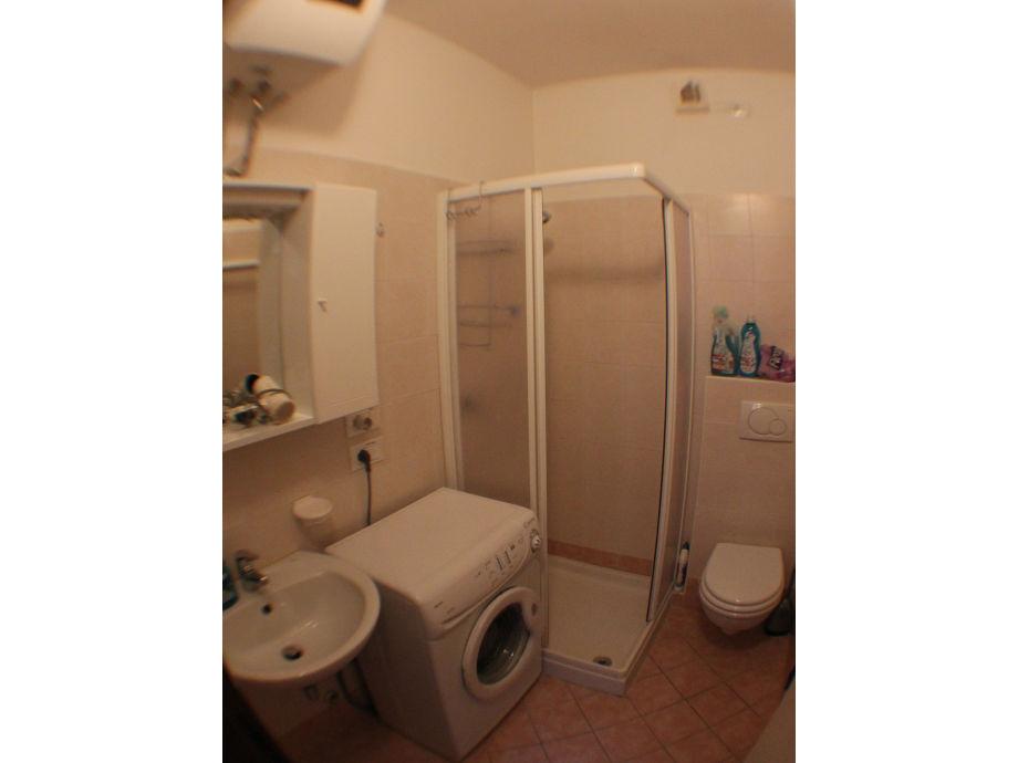 ferienwohnung gardasee sirmione ferienanlage puntagro sirmione ortsteil lugana frau. Black Bedroom Furniture Sets. Home Design Ideas