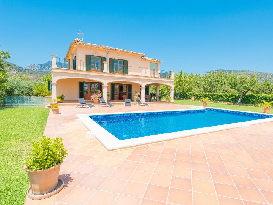 Finca mit tollem Garten und Pool