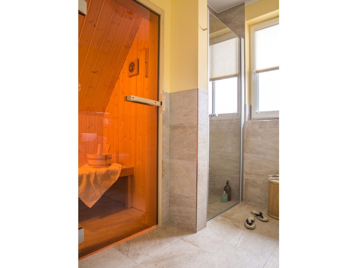ferienhaus schilfrohrs nger 39 mecklenburg vorpommern fuhlendorf firma relamare gmbh frau. Black Bedroom Furniture Sets. Home Design Ideas