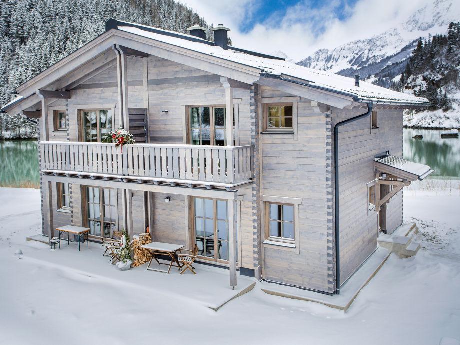 Berghütte Lodge Wildrose im Winter