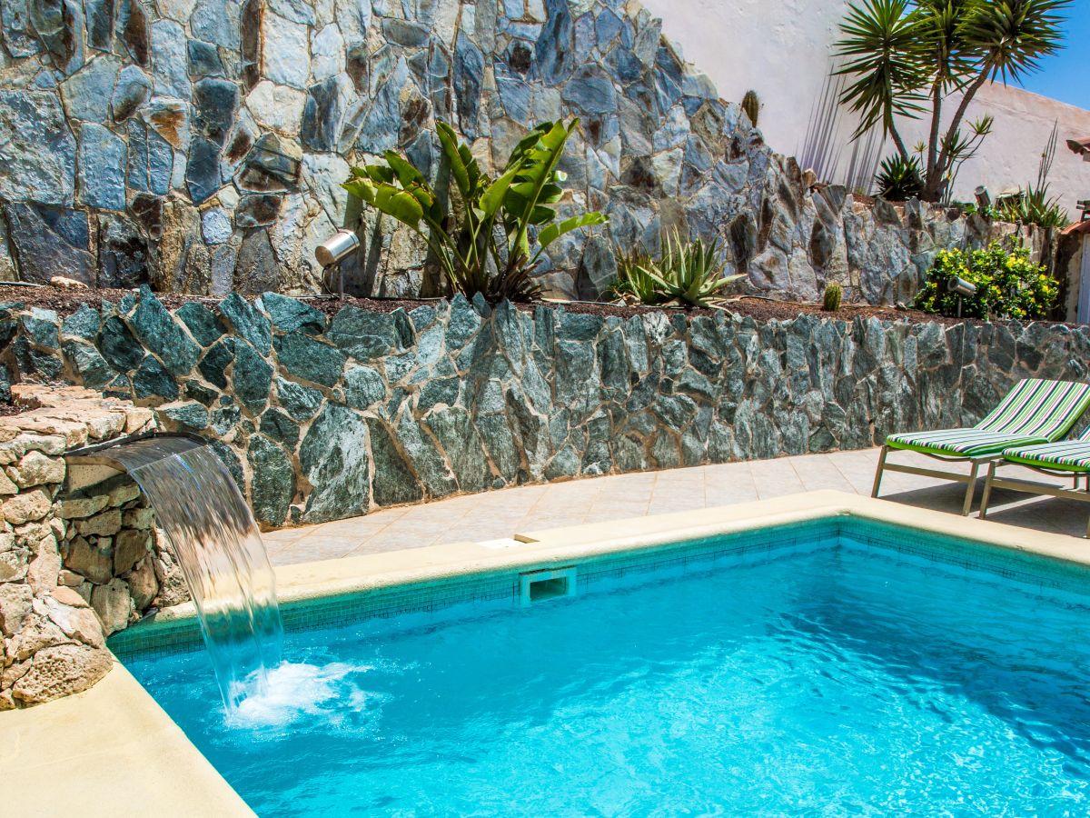 Ferienhaus casa calma fuerteventura costa calma frau ellen niessen - Pool wasserfall ...