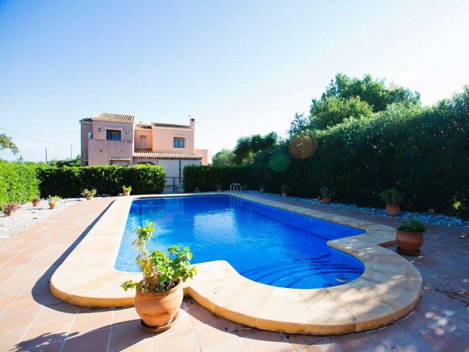 Ferienhaus Alfatares mit eigenem Pool