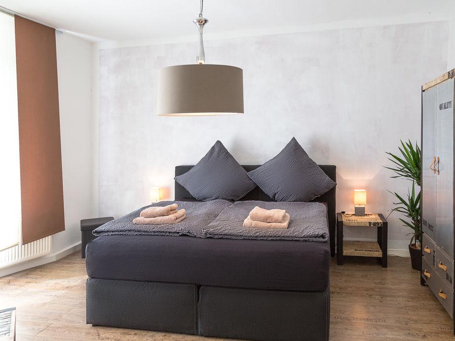 ferienwohnung uferpromenade m ritz umgebung waren herr michael burke. Black Bedroom Furniture Sets. Home Design Ideas