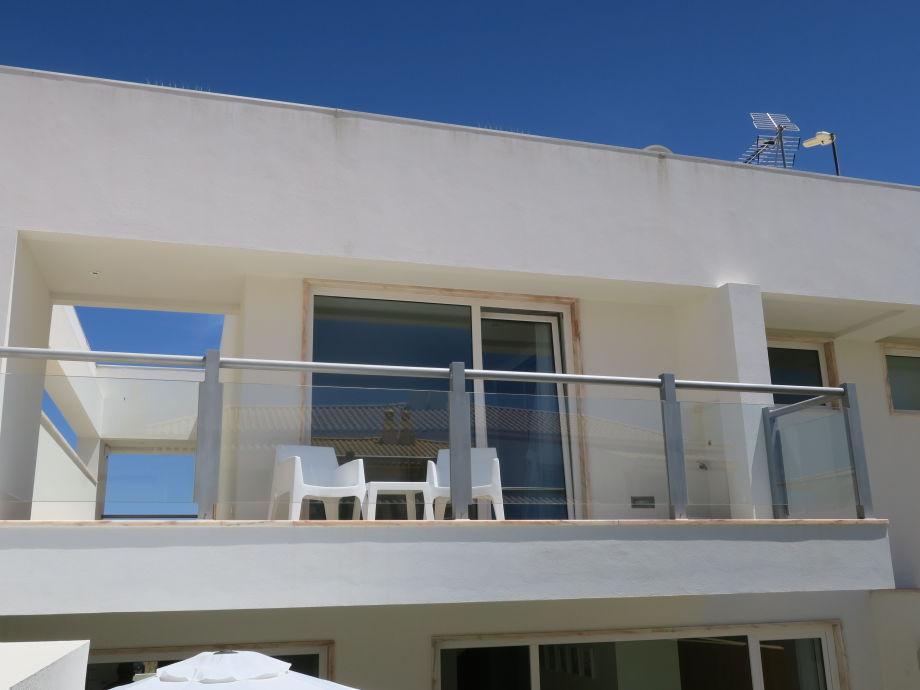 1. Etage mit riesen Balkon für 2 Schlafzimmer