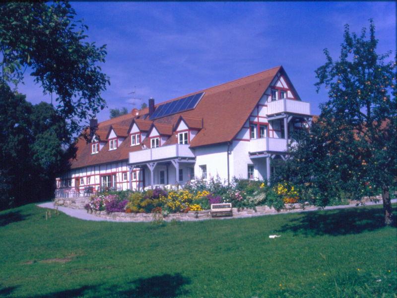 """Ferienwohnung 2 """"Lavendel"""" in der Pension Vorhof"""