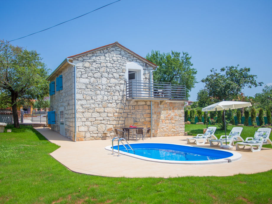 Holiday house Labinci