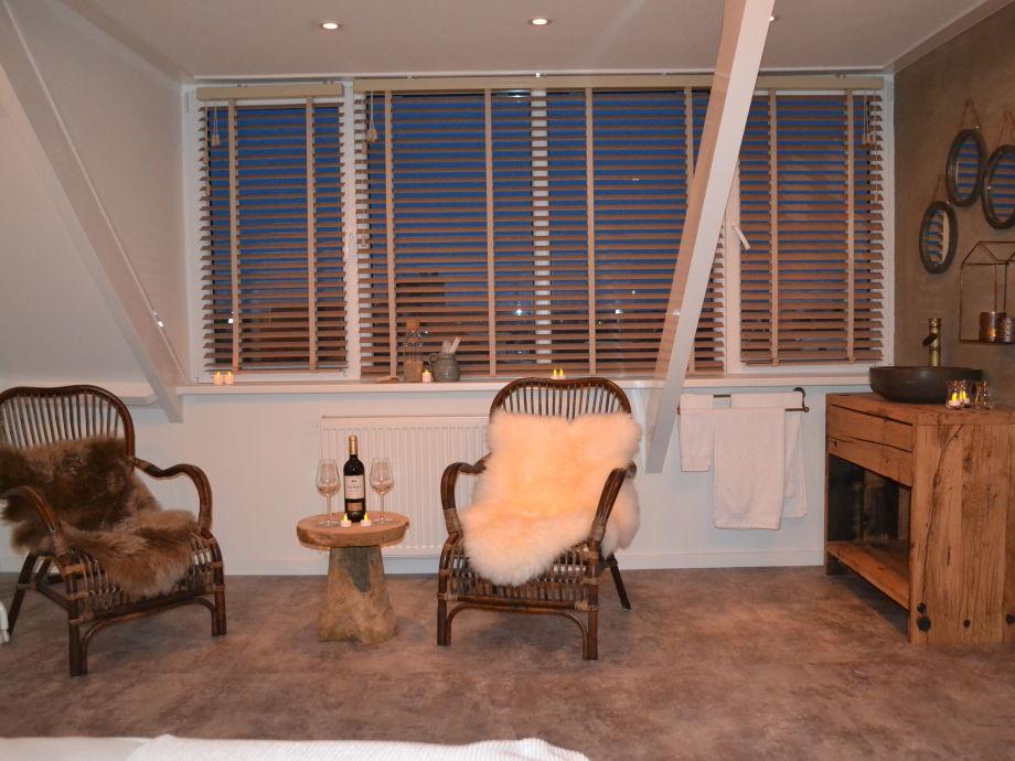 ferienwohnung luxus studio gl cklich am meer egmond aan zee niederlande firma gelukkig aan. Black Bedroom Furniture Sets. Home Design Ideas