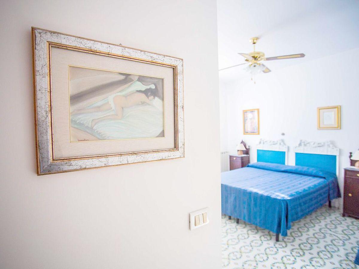 ferienwohnung mela b messina firma ferienhaus sizilien herr oskar golde. Black Bedroom Furniture Sets. Home Design Ideas