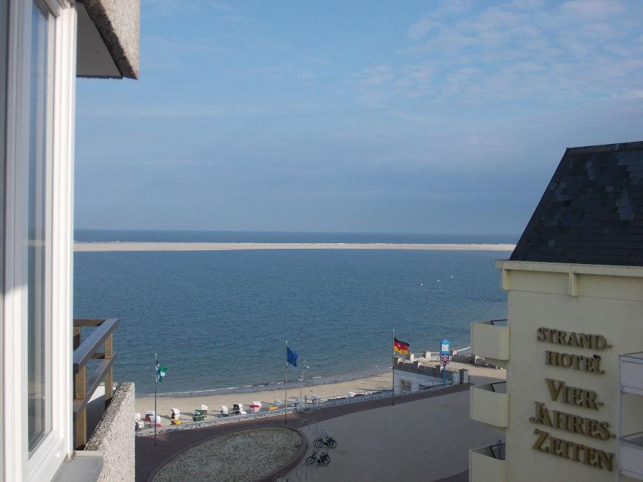 Meerblick vom Balkon und Wohnzimmer