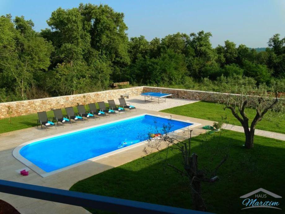 Grosser Pool von 50m2