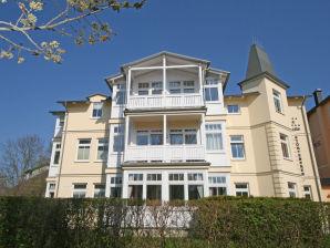 Ferienwohnung 02 A.01 Villa Störtebeker mit Terrasse