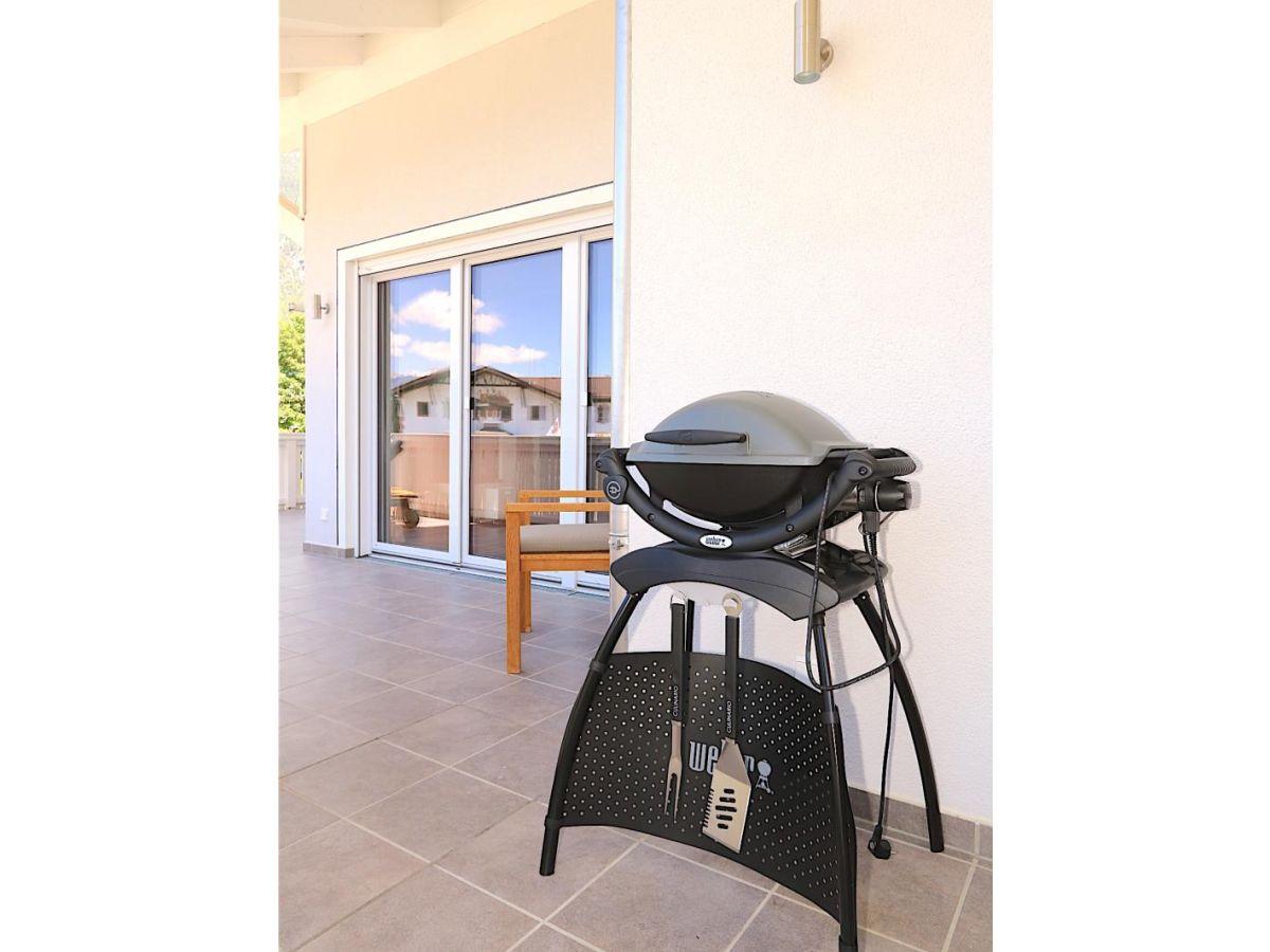 ferienwohnung cara garmisch partenkirchen zugspitzland oberbayern firma. Black Bedroom Furniture Sets. Home Design Ideas