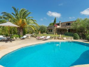 Finca Cana Pilar with private pool in Pollensa
