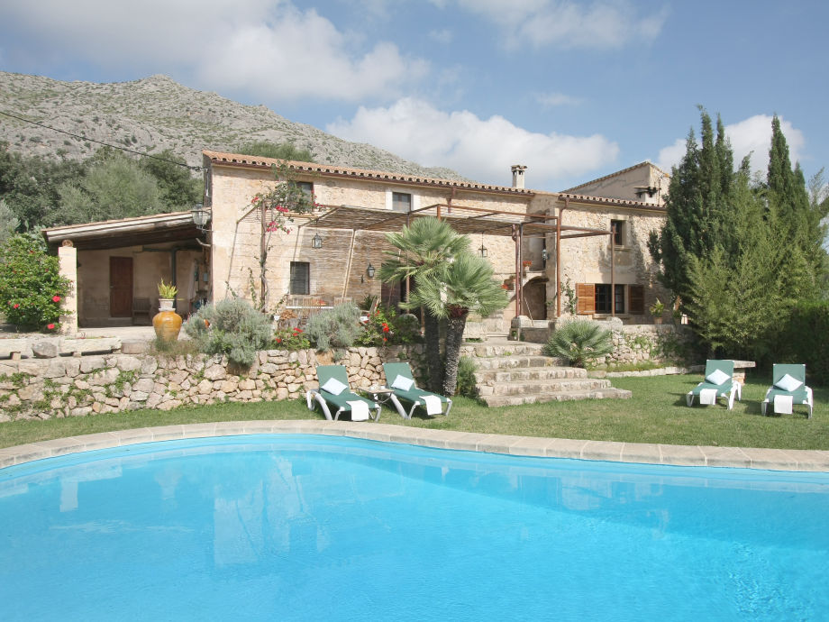 Finca mit Pool in Pollença