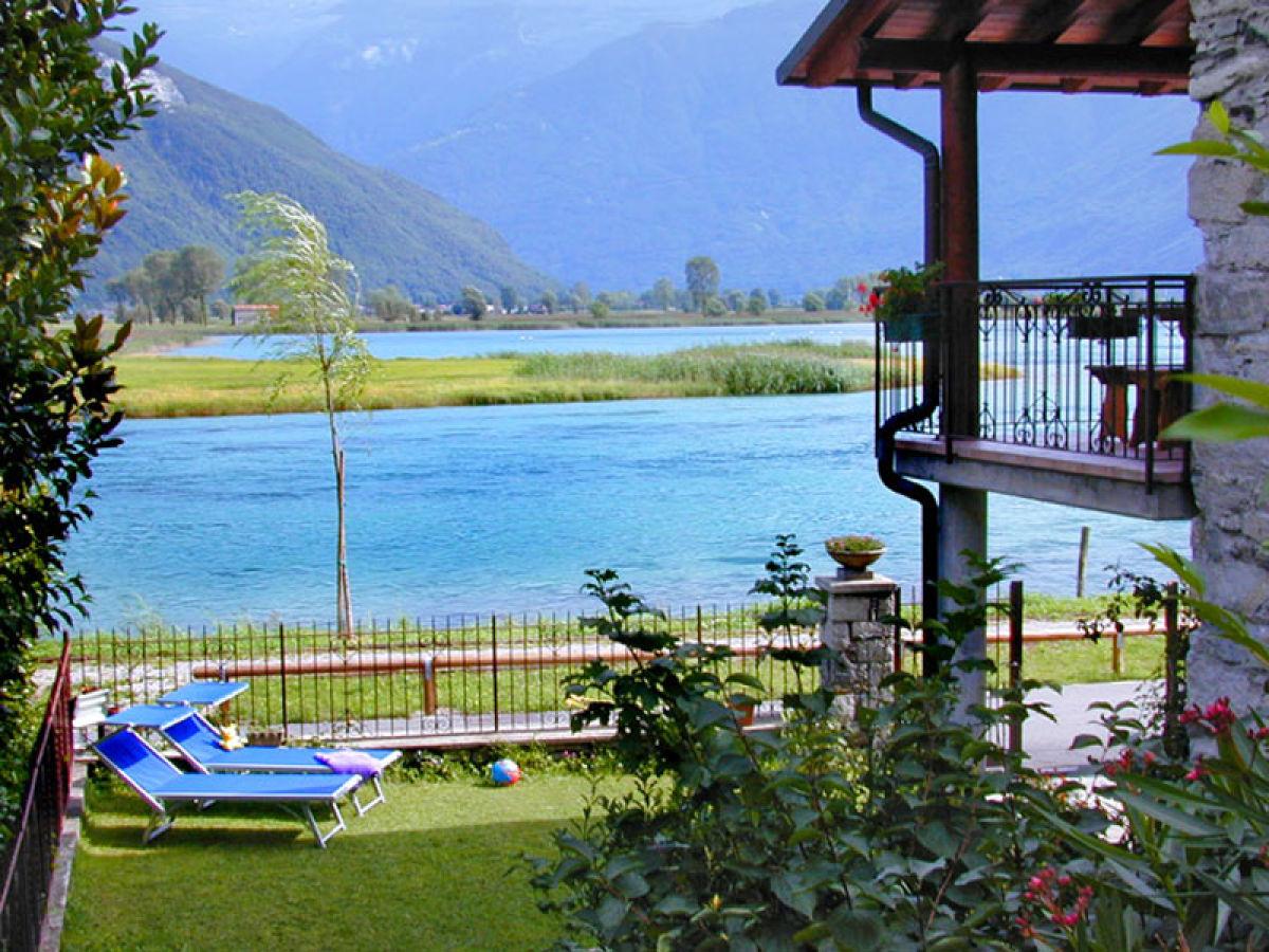 ferienhaus casa ettorina romantisches natursteinhaus comer see lago di como dascio. Black Bedroom Furniture Sets. Home Design Ideas