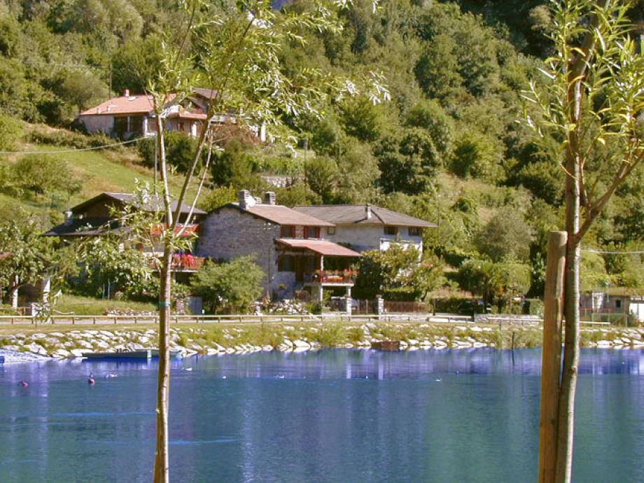 Natursteinhaus Ettorina mit großem Balkon