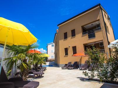 Villa Sara mit Pool