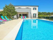 Villa Medulin 900m Strand