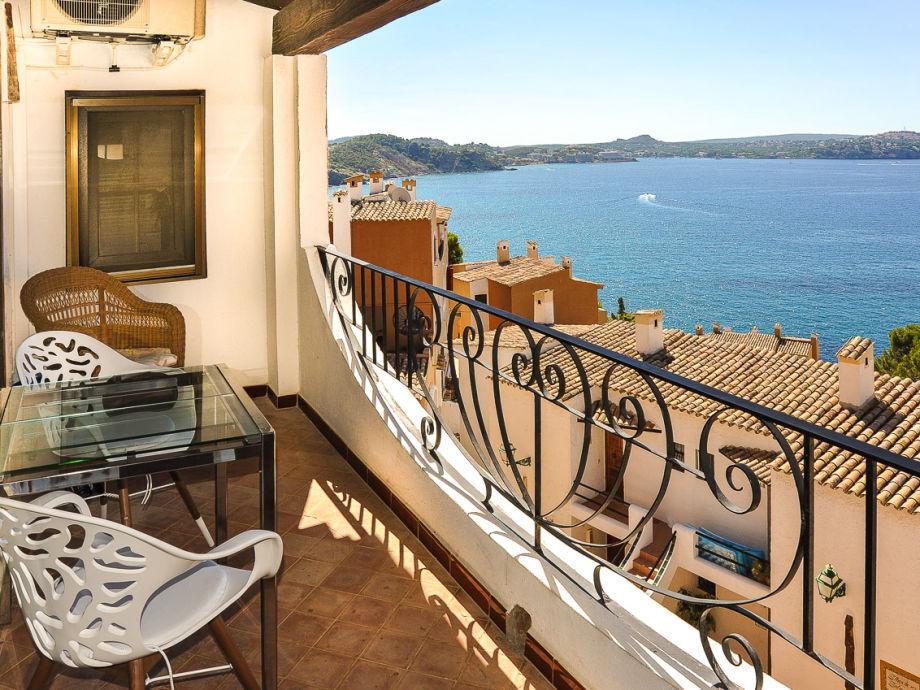 Terrasse der Wohnung mit Meerblick