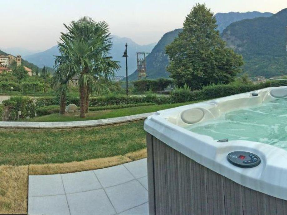 villa bellavista mit whirlpool und großem garten, ville del monte, Best garten ideen