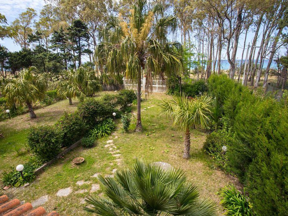 Garten mit Zugang zum Strand