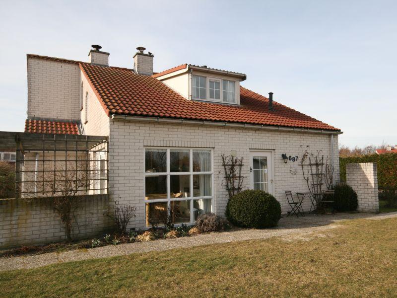 Komfortables Ferienhaus mit Garten
