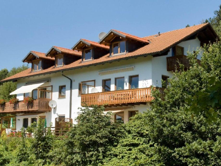 ferienwohnung panoramablick 4 bayerischer wald arber region bodenmais firma ferienwohnung. Black Bedroom Furniture Sets. Home Design Ideas
