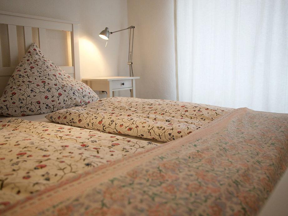 Schlafzimmer mit KingSize Bett