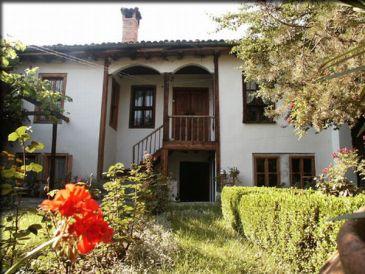 Ferienzimmer Tsutsovi House