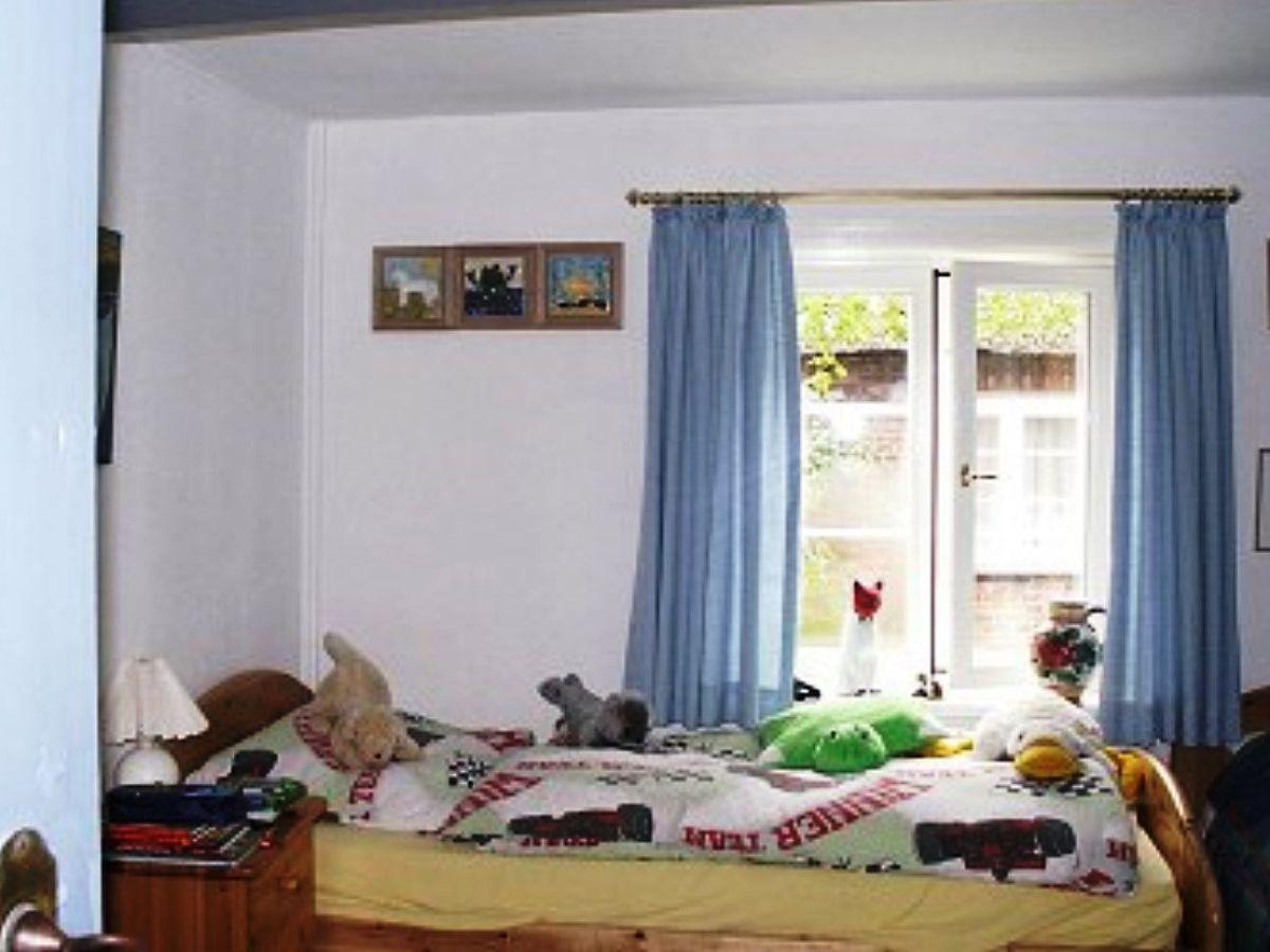 ferienhaus f hrer reetdach kate oldsum auf f hr frau brigitte schlieker. Black Bedroom Furniture Sets. Home Design Ideas
