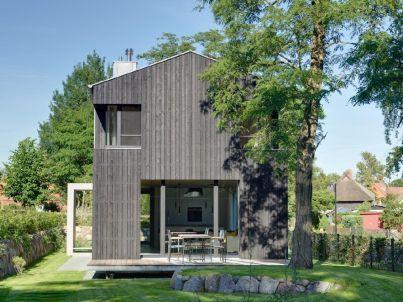 Architektenhaus auf dem Darß mit offenem Wohnbereich und großer Terrasse