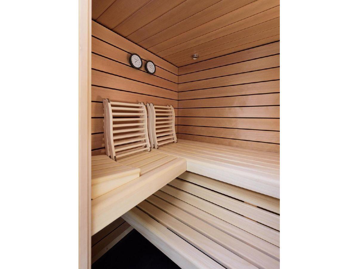 ferienhaus architektenhaus auf dem dar mit offenem wohnbereich und gro er terrasse wieck. Black Bedroom Furniture Sets. Home Design Ideas